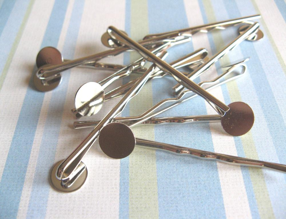 100pcs Bobby Pins with 10mm Pad - Silver